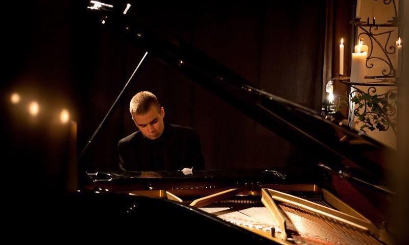 giulio_cilona_pianist